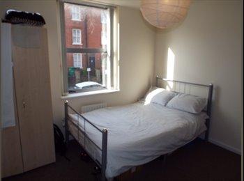 EasyRoommate UK - 6 Bedroom Student Property 10 Minute Walk To NTU, Arboretum - £432 pcm