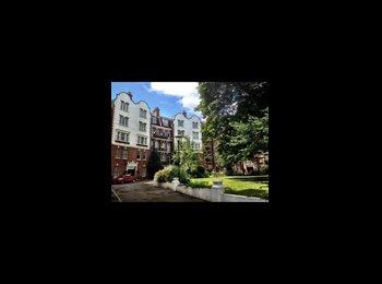 EasyRoommate UK -  Room in 2 double bedroom flat 2 bathroom West Hampstead , West Hampstead - £1,030 pcm