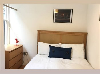EasyRoommate UK - Light double room 30 mins to central London with garden, West Green - £625 pcm