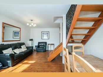 EasyRoommate UK - Very Clean House with Loft Room near Train Station, Maidenhead - £540 pcm
