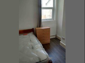 EasyRoommate UK - Available now, by Victoria line, Seven Sisters - £590 pcm