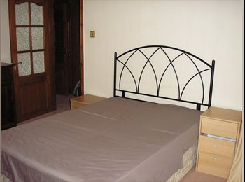 EasyRoommate UK - Spacious double room to let in SE23, Forest Hill - £507 pcm