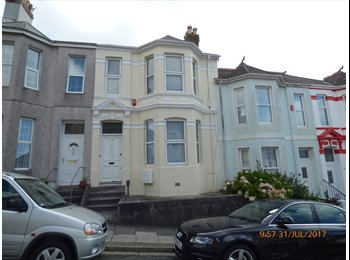 EasyRoommate UK - Large double in Victorian house, Lipson, Plymouth, Mannamead - £340 pcm
