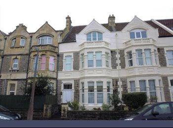 EasyRoommate UK - Modern studio flat, Weston-super-Mare - £415 pcm