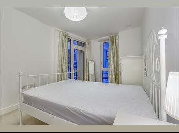 EasyRoommate UK - Spacious Double Room, Private Balcony and All Bills Inc in Greenwich, Greenwich - £1,165 pcm