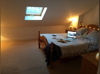 EasyRoommate UK - Great Double Room with Ensuite - Chiswick, Chiswick - £1,056 pcm