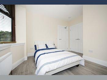 EasyRoommate UK - 5 Bedroom HMO- City Centre- , Aberdeen - £580 pcm