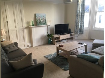 EasyRoommate UK - Spacious Bright Double Room in 7 Dials, The Lanes - £650 pcm