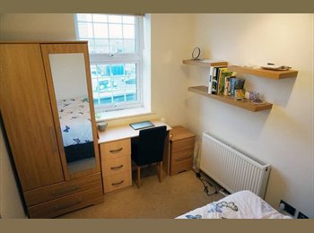 EasyRoommate UK - Chapel Market * Roof terrace * 4 min walk to Angel, Pentonville - £967 pcm