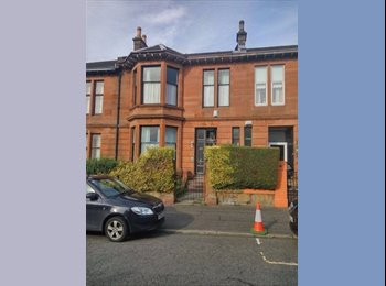 EasyRoommate UK - double room to rent, Dennistoun - £510 pcm