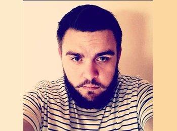 EasyRoommate UK - Anthony - 25 - Lincoln