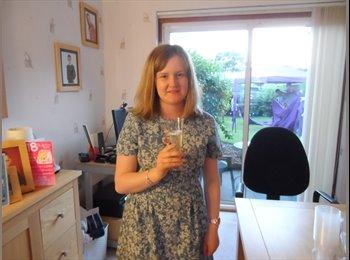 EasyRoommate UK - Heather - 19 - Aberdeen