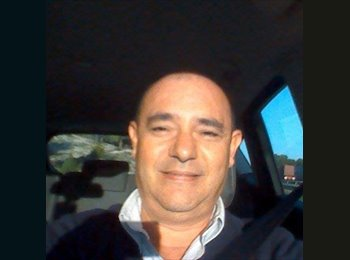 EasyRoommate UK - Vicente - 56 - Daventry