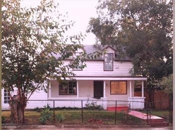 EasyRoommate US - Roommates House – IN Prime location Pasadena pets, Pasadena - $700 pm