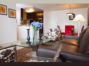 EasyRoommate US - Female Only Shared Room Available near the heart of Hollywood , Hollywood Heights - $950 pm