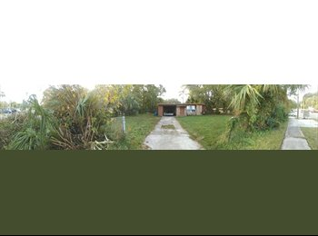 EasyRoommate US - Nice Room on the Southside , Woodland Acres - $300 pm