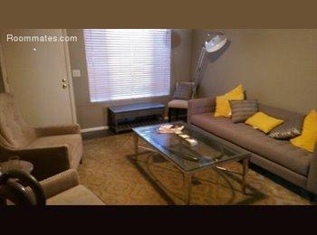 EasyRoommate US - Cozy Room in Chandler Home, Chandler - $550 pm