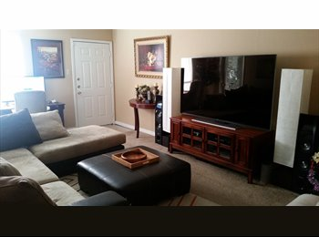 EasyRoommate US - Want to find a cool roommate to go luxury apartment looking with, Westchase - $620 pm