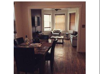 EasyRoommate US - Quaint Apartment near Wicker Park, Humboldt Park - $500 pm