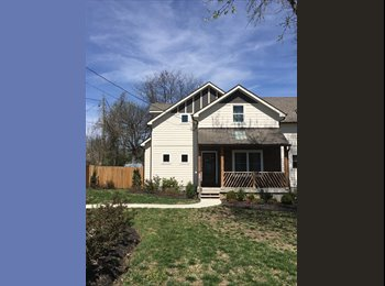 EasyRoommate US - 2 bedrooms available in 3 bedroom house! Walking distance to heart of East nashville, Nashville - $1,000 pm