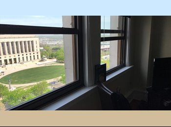 EasyRoommate US - Roommate Needed for downtown Stahlman Building 2BR,2BA, Nashville - $890 pm