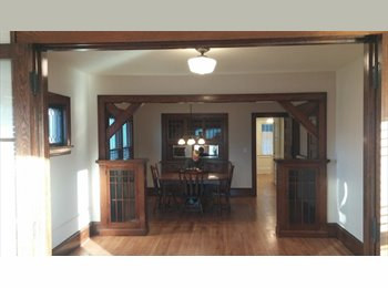 EasyRoommate US - Room for Rent in Remodeled Apt, Phillips - $600 pm