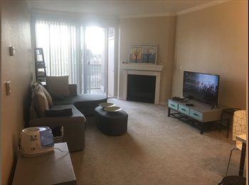 EasyRoommate US - 2BR/2BA apartment with view, Indian Creek - $650 pm