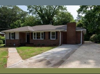 EasyRoommate US - Roommate wanted, Candler-McAfee - $650 pm
