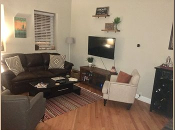 EasyRoommate US - Roommate Needed in 3BR Apartment in Roscoe Village - June 1st, West Lakeview - $675 pm