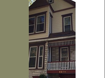 EasyRoommate US - $645 for Spacious Room in 2 BD/ with In-Unit W/D, Avondale - $645 pm