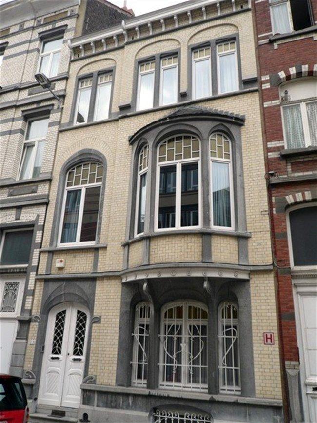 Colocation à Etterbeek - chambre dans une maison ART NOUVEAU | Appartager - Image 3
