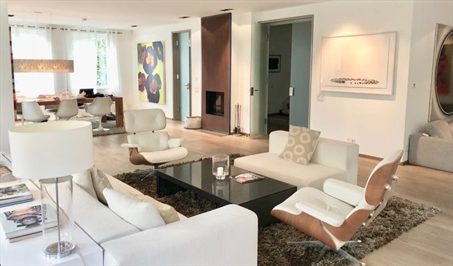 Colocation à Zürich - Available Sept. 1st: Great Middle Bedroom In Luxury Villa | EasyWG - Image 1