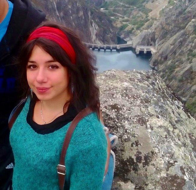 Marina - Estudiante - Mujer - Oviedo - Image 1