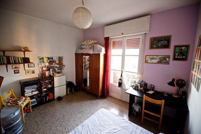 Stanze e Posti Letto in Affitto - Marconi-Ostiense - Garbatella affitto camera con balcone | EasyStanza - Image 2