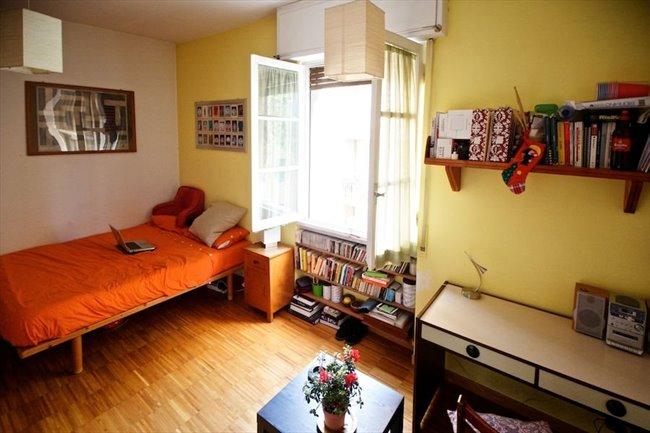 Stanze e Posti Letto in Affitto - Marconi-Ostiense - Garbatella affitto camera con balcone | EasyStanza - Image 3