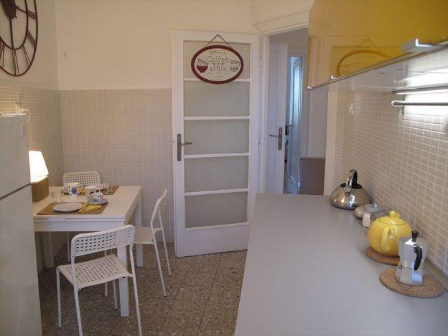 Stanze e Posti Letto in Affitto - Bologna-Nomentano - Stanze in affitto a studentesse – Piazzale delle Provincie | EasyStanza - Image 3