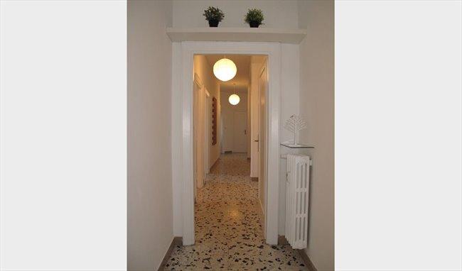 Stanze e Posti Letto in Affitto - Bologna-Nomentano - Stanze in affitto a studentesse – Piazzale delle Provincie | EasyStanza - Image 7