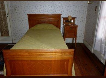 CompartoDepto AR - Sra alquila hab.en casa de familia en pdo de S.I., San Isidro - AR$ 7.000 pm
