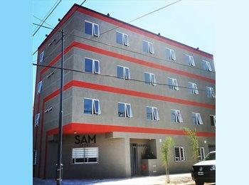 CompartoDepto AR - Hostel - Hotel - Habitaciones con Baño Privado con o sin Servicios, San Justo - AR$ 1.870 pm
