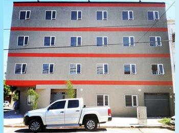 CompartoDepto AR - Hostel - Hotel - Habitaciones con Baño Privado con o sin Servicios, San Justo - AR$ 200 pm