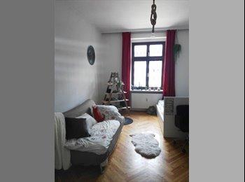 EasyWG AT - möbliertes 24qm Zimmer in super zentraler WG mit Balkon, Innsbruck - 340 € pm