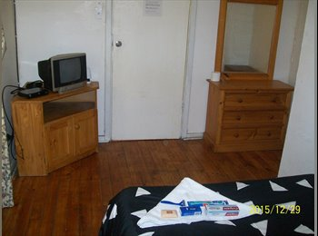 EasyRoommate AU - Comfortable and Stable Budget Accomodation, Elizabeth Town - $120 pw