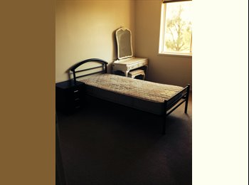 EasyRoommate AU - Rooms for rent for females, Oatlands - $200 pw