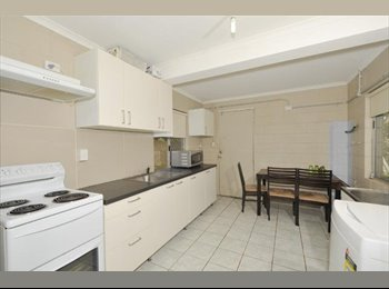 EasyRoommate AU - Furnished Bedroom 8kms to City with pool! First week rent free!!, Carina - $170 pw