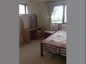 EasyRoommate AU -  Friendly family, safe suburb, great house! , Jindalee - $150 pw