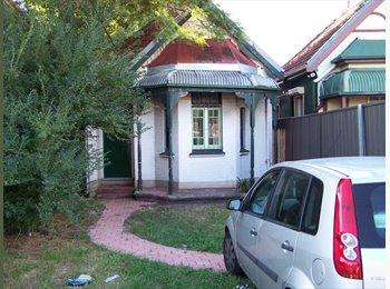 EasyRoommate AU - Share House, Canterbury - $160 pw