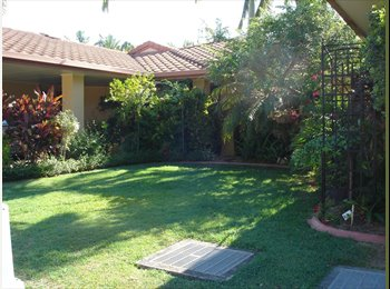 EasyRoommate AU - Bedroom Ensuite & Lounge in  Villa in Secure Complex  , Southport - $230 pw