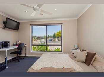EasyRoommate AU -  Share house across from Waurn Ponds University, Ceres - $160 pw