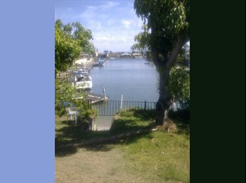 EasyRoommate AU - Large room close Surfers, Gold Coast - $230 pw