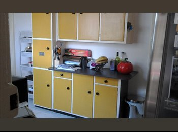 EasyRoommate AU - A bedroom in 2 bedrooms house on Bayside, Black Rock - $150 pw